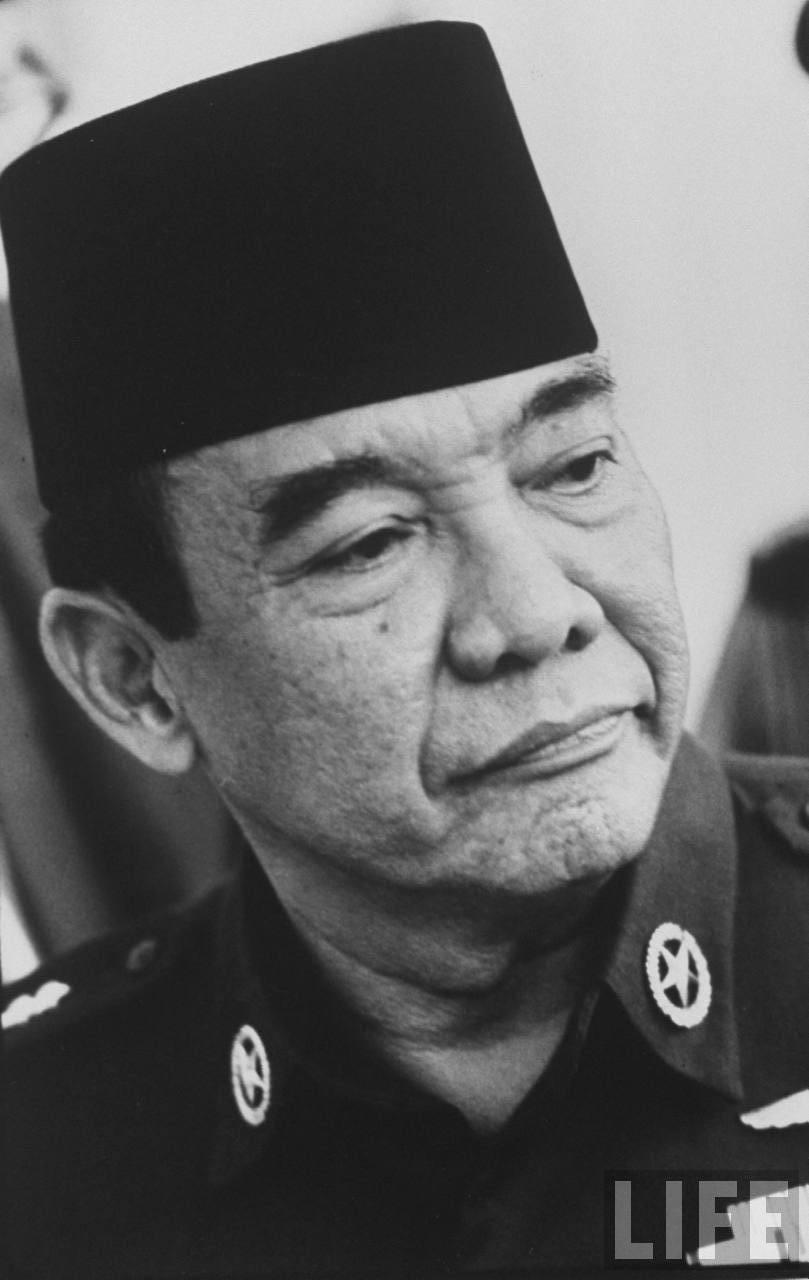 presiden soekarno 100